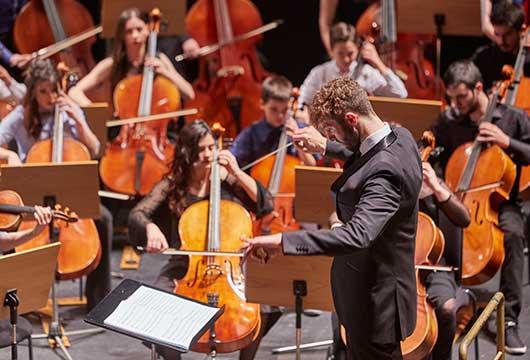 Αποτέλεσμα εικόνας για MOYSA - Συμφωνική Ορχήστρα Νέων Μεγάρου Μουσικής